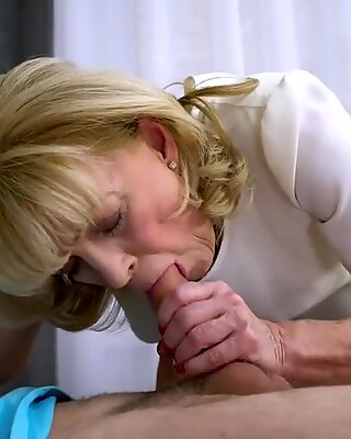 AgedLovE grannie enjoys Attention of kinky Guy