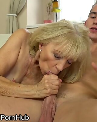 21SeXtreme kinky grannie Rides Young Studs Throbbing fuckpole